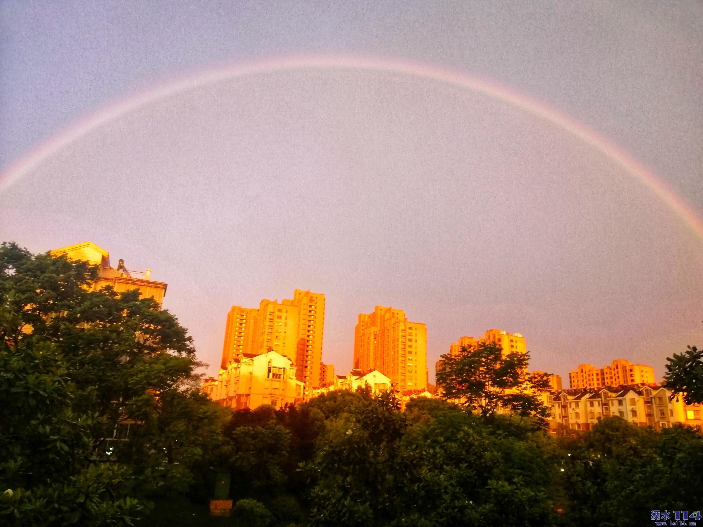 雨停见彩虹