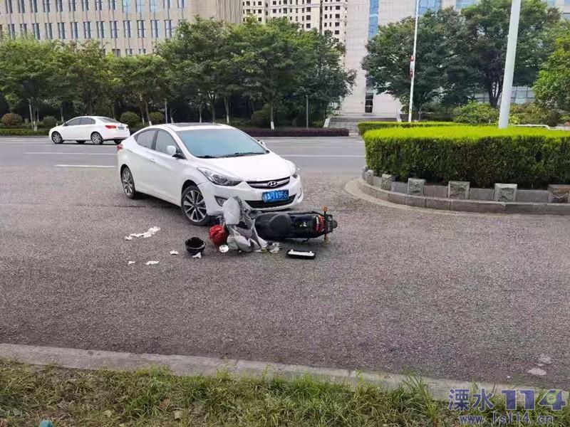 �@��路口稍不�]意就�l生事故了